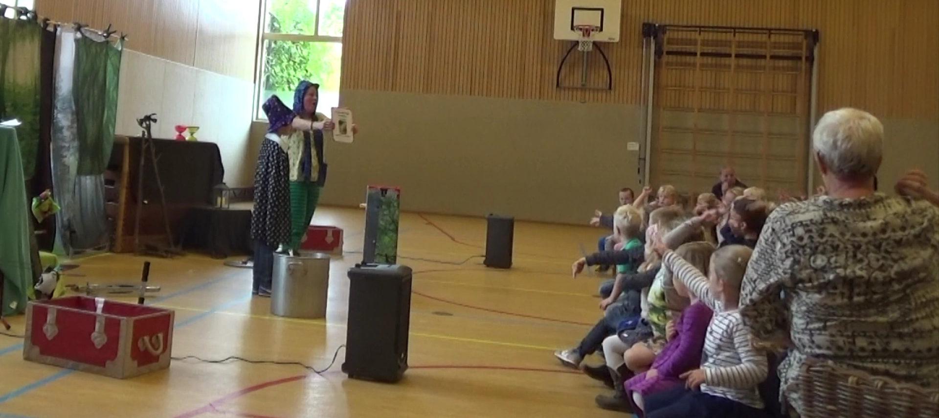 kindertheater kiko -kindervoorstelling het griezelbos