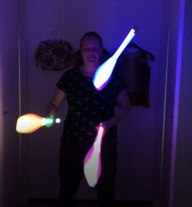 Kiko licht jongleer show - led licht jongleren lichtgevende kegels