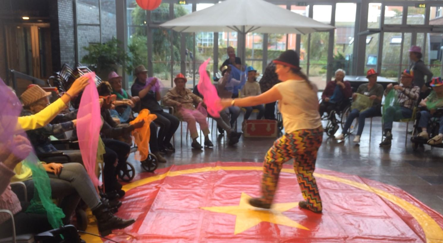 Circusthetaer Kiko - voorstelling Clown Kiko - speciaal circus voor speciale mensen