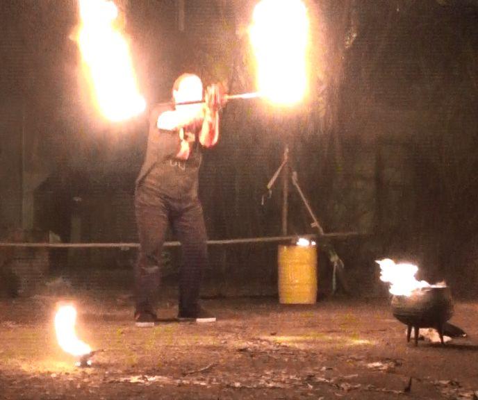 Vuurshow Kiko - fire staff