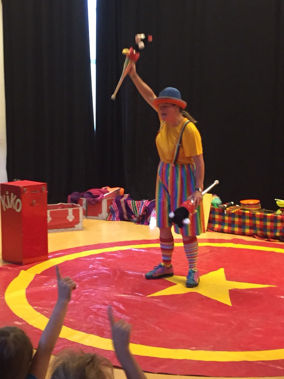 Clown Kiko BSO Kion zomertour voorstelling