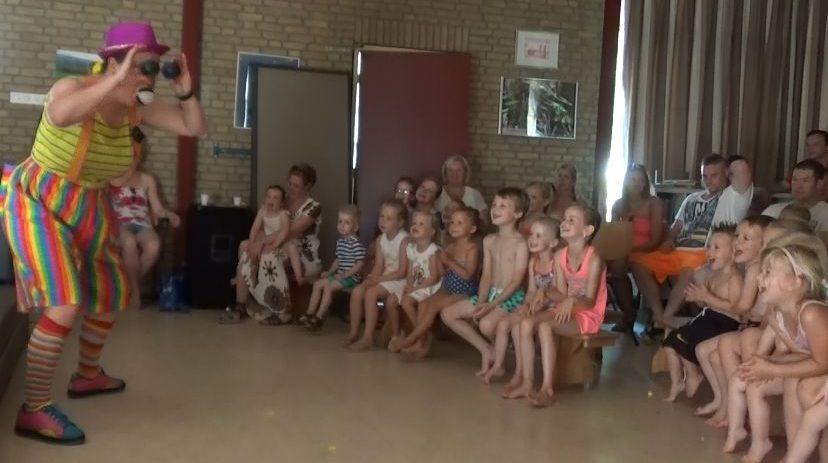 Peutervoorstelling Kindertheater Kiko bij een peuterspeelzaal